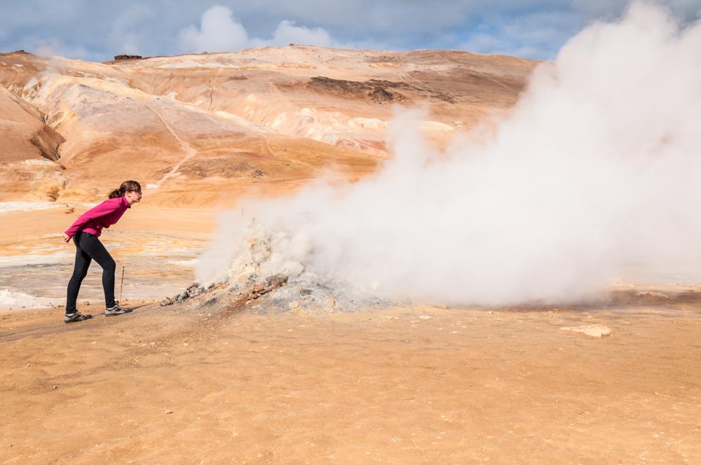 Ruta por Islandia (III): El campo de lava Dimmuborgir, las fumarolas Hverir y los primeros fiordos del este