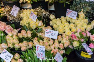 mercado de la Bastilla en París