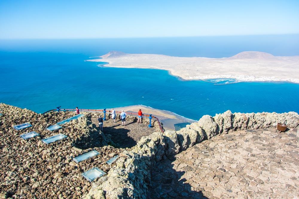 Lanzarote en 4 días. Planificación y guía para visitar la isla con coche de alquiler y con un bebé de 8 meses