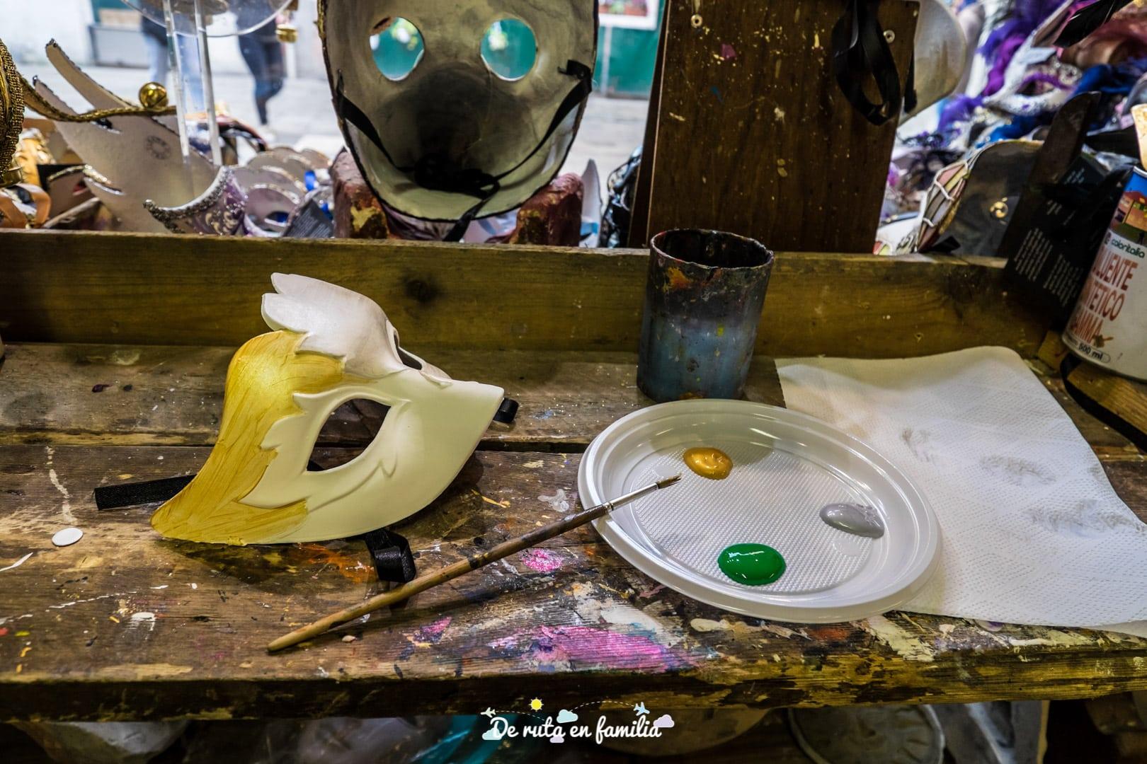 pintar mascaras venecianas