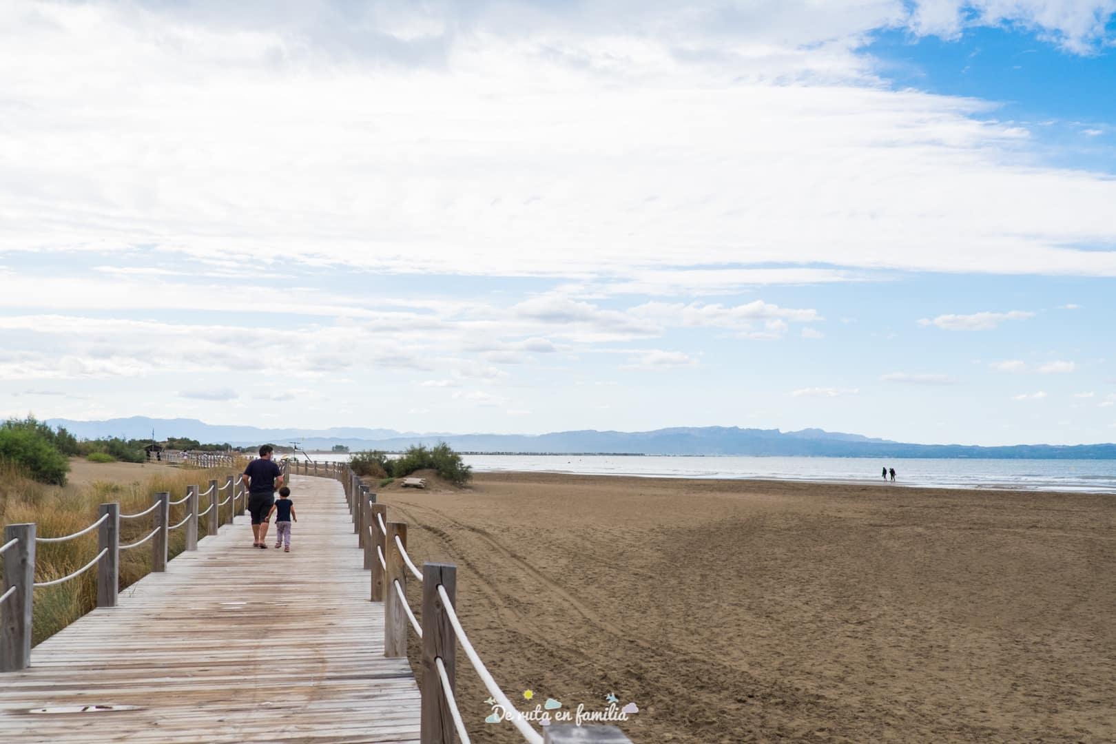 Delta del Ebro con niños playa riumar