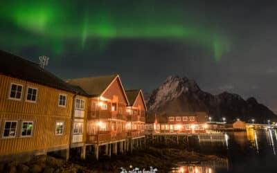 Dónde ver y cómo fotografiar auroras boreales. Trucos para principiantes