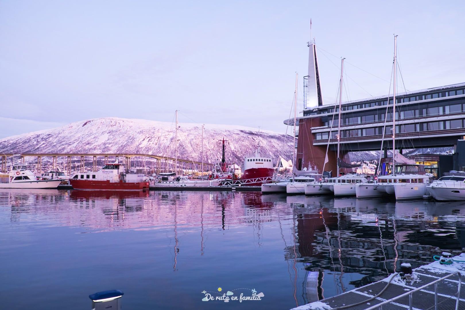 Como ir del aeropuerto de Tromsø el centro